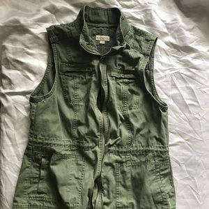 Merona army green L utility vest